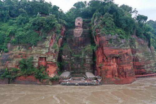 Das Hochwasser bedroht den Riesenbuddha von Leshan. AFP/Str
