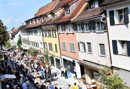Das Marktstraßenfest zieht Tausende Besucher an - zu viel, um das Fest unter Covid19-Bedingungen zu feiern.Stadt