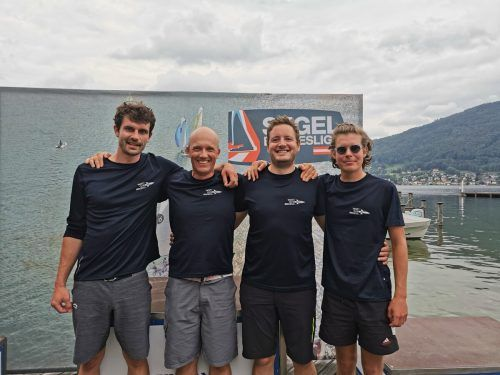 Das Team des Yacht Club Bregenz mit den Brüdern Bartle, Gallus und Christoph Matt sowie Rainer Fritz ist voll motiviert für die Segel-Bundesliga.YCB/Köb
