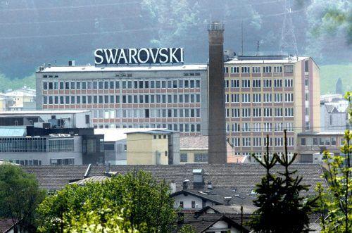 Dem Kristallkonzern Swarovski stehen in Zukunft schmerzhafte Einschnitte bevor.apa