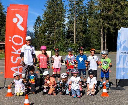 Der Skaterkurs stellte einen gelungenen Start in die bisher sehr abwechslungsreichen Sommerferien der Klostertaler Kinder dar. REGIO