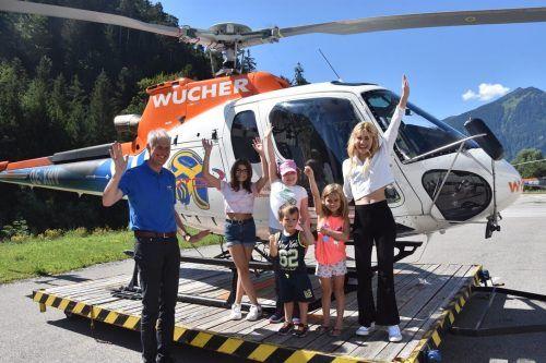 Der Verein Stunde des Herzens und die Firma Wucher Helikopter ermöglichten schwer kranken Kindern einen Hubschrauberrundflug. SDH