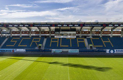 Die Cashpoint Arena wird aufgrund der aktuellen Covid19-Bestimmungen für die kommende Saison in ein komplettes Sitzplatzstadion umgerüstet.Steurer