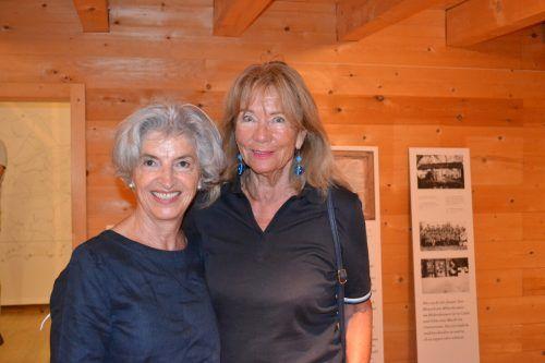 Elfriede Plangg und Christl König waren von der Ausstellung begeistert.