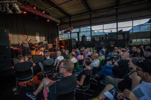 Festival-Konzert in der Wälderbähnle-Remise in Bezau. Heuer muss es etwas distanzierter zugehen. VN/Steurer