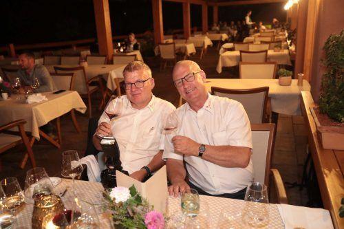 Heinz Luef (l.) und Johannes Hengl genossen die Weine.