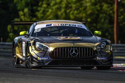 Im AMG-Mercedes mit der Nummer 88 wechseln sich Christian Klien und der Teambesitzer ab.JP Motorsport