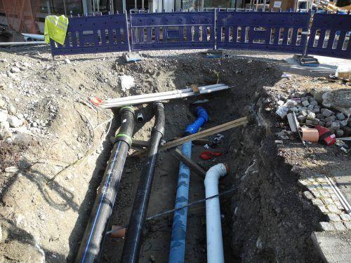 Im Bregenzer Brachsenweg werden in den kommenden vier Wochen neue Leitungen verlegt. Los geht es heute, Montag, 17. August.
