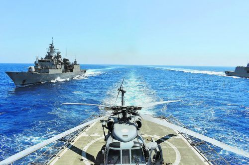 Im Gasstreit zwischen Griechenland und der Türkei fahren Kriegsschiffe auf. Die Militärmanöver müssen gestoppt werden, fordert das vermittelnde Deutschland.
