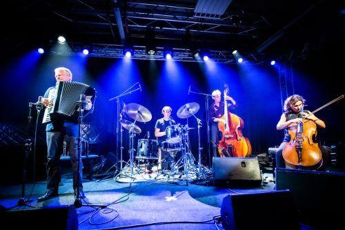 Konzert auf der Jazzbühne: Mittlerweile hat es sich bis weit über die Grenzen herumgesprochen, dass Lech auch Austragungsort von qualitativem Jazz ist.moosbrugger