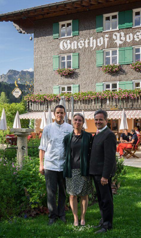 Küchenchef David Wagger, WinzerinAnne Morey und Florian Moosbrugger.