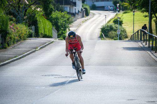 Leon Paugers Mut wurde nach der Soloflucht auf dem Rad mit dem Europacup-Sieg belohnt.VN
