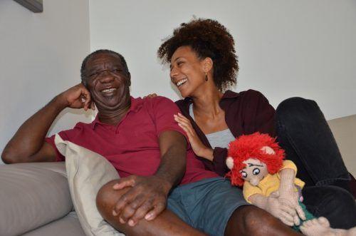 Liebevolle Verbindung: Theodore Kwadwo Amankwaa und Tochter Leonie. HRJ
