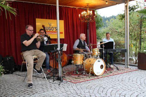 """Mit einer rundum jazzigen Sommersession wurde am Freitag mit """"round about Jazz"""" in Göfis das Wochenende eingeläutet.  Heilmann"""