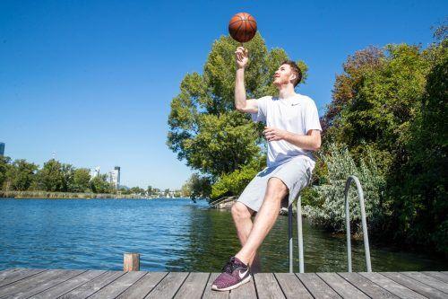 NBA-Spieler Jakob Pöltl weilt aktuell auf Urlaub in Wien und harrt der Dinge.Gepa