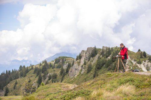 Neun renommierte Künstler sind für zwei Wochen auf der Versettla in 2000 Meter Seehöhe kreativ unterwegs. MT/Kothner