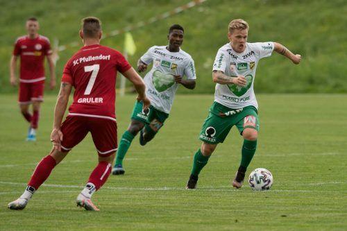 Noch lief nicht alles rund bei der Austria im ersten Test gegen Pfullendorf (im Bild Thomas Mayer).VN-Stiplovsek