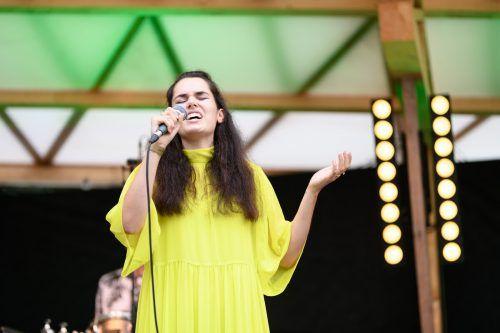 Sängerin Patrizia vom östereichischen Ensemble Atzur. Poolbar/Sutter