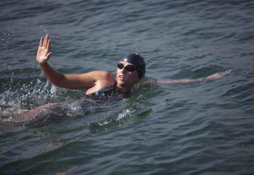 Schwimmerin Chloe McCardel hat den Männer-Rekord gebrochen. ap