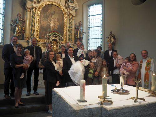 Sonja und Andreas Wittwer heirateten im Anschluss an die Taufe ihrer Tochter Lisa. mam