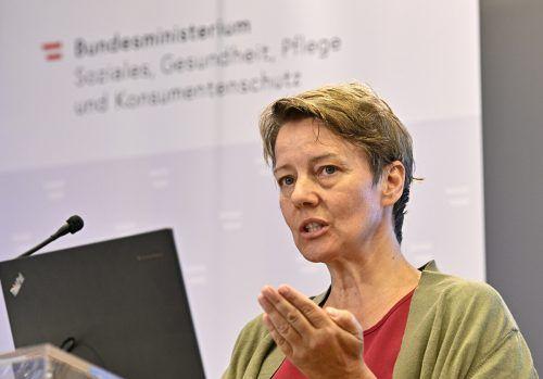 Studienautorin Rappold empfiehlt, Pflegekräfte in die Krisenstäbe einzubinden.APA
