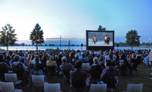 """Die einzigartige Stimmung am Harder Seeufer bei den Filmabenden mit """"HARDmovie""""."""