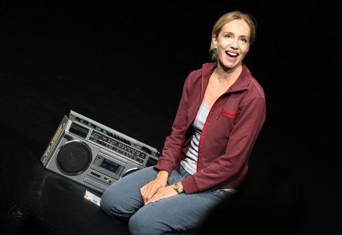 """Ursina Lardi in Milo Raus Dokutheaterstück """"Everywoman"""". APA"""