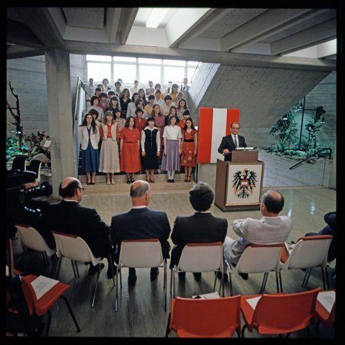 Am 13.Mai 1980 wurde die Schule offiziell eröffnet.