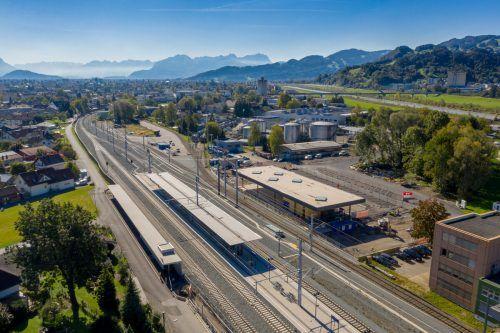 Am hochmodernen Bahnhof in Lustenau wird derzeit gebaut. VN/Stiplovsek