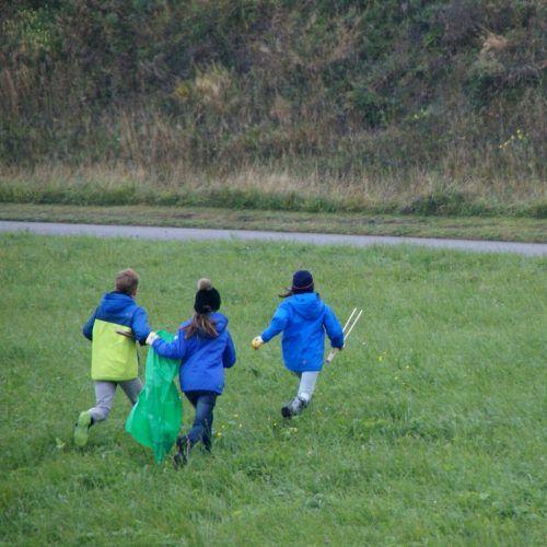 Anders als in vergangenen Jahren sollte man heuer nur im Familienkreis losziehen, um die Landschaft vom Müll zu befreien.