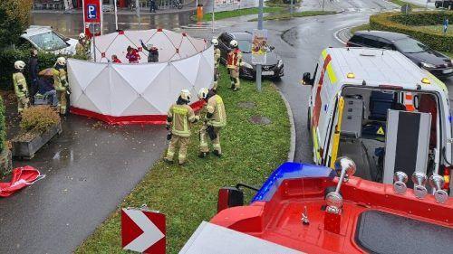 Assistenzeinsatz der Feuerwehr bei medizinischem Notfall. FEUERWEHR HOHENEMS