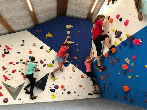 Auch das Klettern im Block Monkey machte den Jugendlichen viel Spaß.