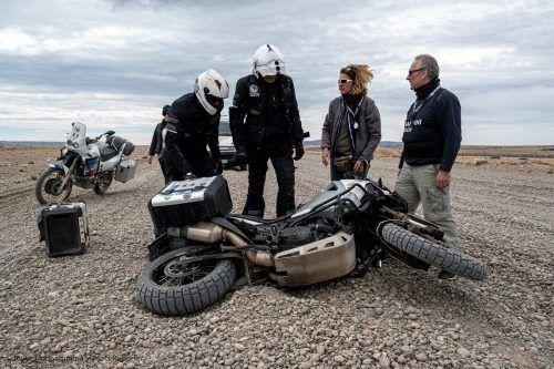 Auch Unfälle gehörten bei dem langen Motorrad-Trip dazu. Über seine bewegte Reise berichtet Eckart Neururer im Reichshofsaal.Neururer