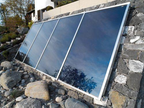 Bei Solaranlagen stammt die Wärme von der Sonne. vn