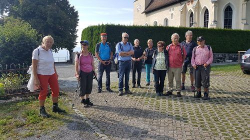 Bei strahlendem Spätsommerwetter ging es von Muntlix nach Viktorsberg. Roland Schmid/Seniorenbund