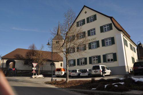 Bereits wenige Tage nach der Gemeindewahl ist die neu gewählte Gemeindevertretung in Göfis erstmals zusammengetreten. Gemeinde
