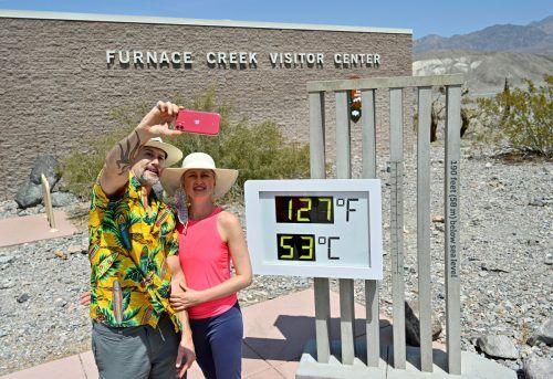 Brian David Bruns und seine Frau Aurelia Bruns im Death Valley. Reuters