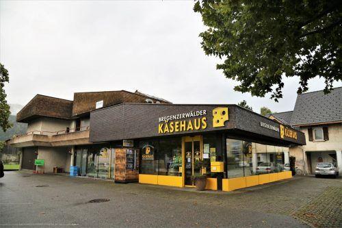 Das Bregenzerwälder Käsehaus nimmt künftig Briefe & Co. entgegen.Emir T. Uysal