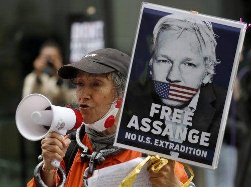 Dem gebürtigen Australier droht die Auslieferung in die USA. AP