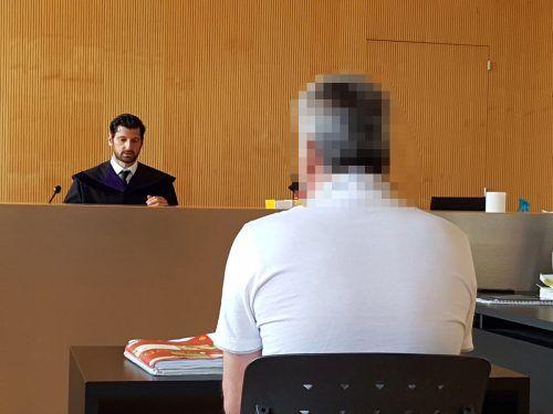 Der Angeklagte wies beim Prozess am Landesgericht Feldkirch jeden gegen ihn erhobenen Vorwurf ab. ECKERT