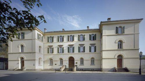 Das unter Denkmalschutz stehende Gebäude am Amtsplatz 1 wurde 1997 restauriert.BDA
