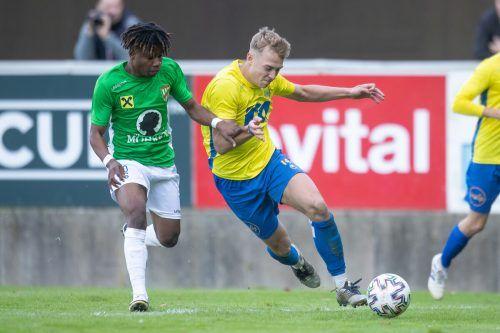 Der FC Wolfurt setzte sich beim Coronacomeback gegen Austria Lustenaus Amateure verdient mit 4:2 durch.