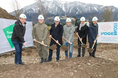 Der Spatenstich wird vor allem bei großen Bauvorhaben durchgeführt. Bernd Hofmeister