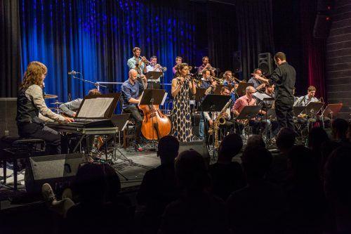 Die Bludenz Big Band Union mit Peter Madsen und Veronika Morscher.Stadt Bludenz
