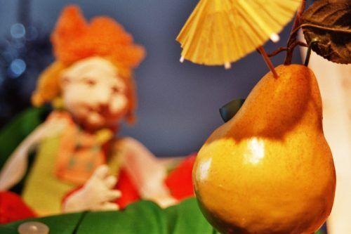 Die ganze Wahrheit über die Birne Helene erfahren Kinder ab 4 Jahren heute in der Remise.sstadt bludenz