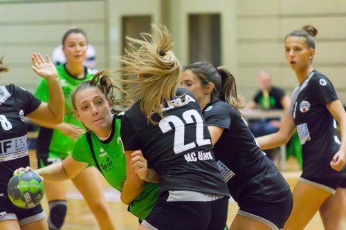 Die junge Damenmannschaft aus Hard sorgte mit dem Sieg über Lustenau fü die erste große Überraschung in der ersten Runde des VHV-Cup .vhv