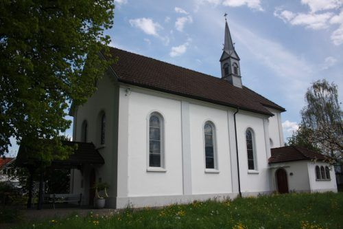 Die Kapelle im Wiesenrain zieht immer wieder Besucher an.bet