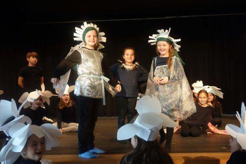 Die Kinder gingen bei der Theaterwoche mit Feuereifer zu Werke.BI
