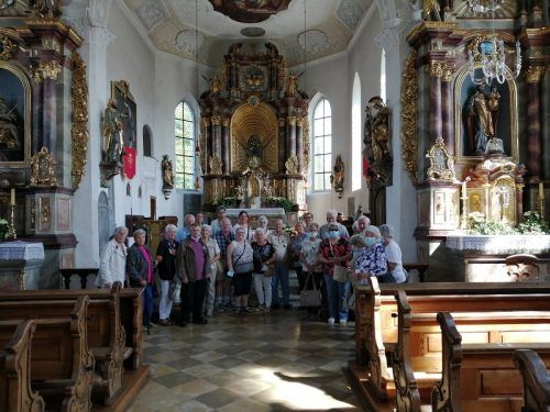 Die Lauteracher Pensionisten in der Wallfahrtskirche in Hergatz. PVÖ