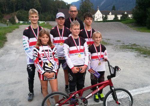 Die neuen BMX-Landesmeister: Leo Hugl, Alfred Hugl, Laura Fercher, Hannah Holdermann, Raphael Nachbaur, Adrian Dovjak und Bjarne Schedler.BMX Club